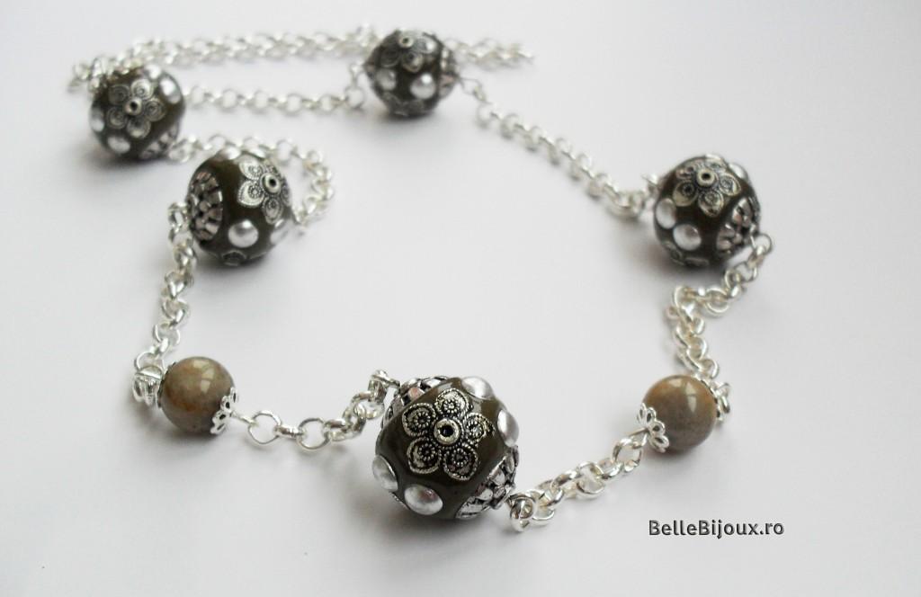 Set ,,flori argintii,,