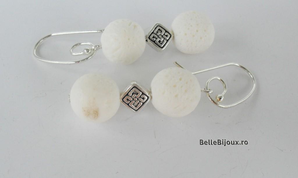 Set coral alb